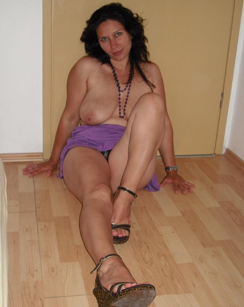 No nude nudist art