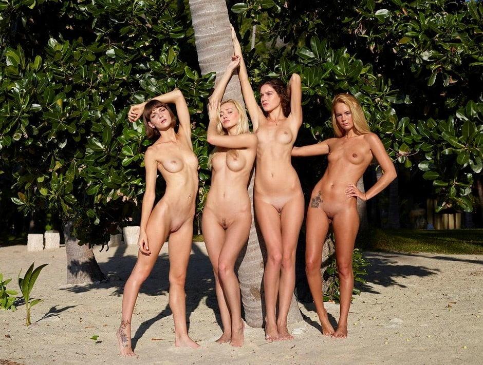 naked-paradise-nude-girl