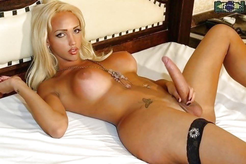 porno-s-transami-i-blondinom