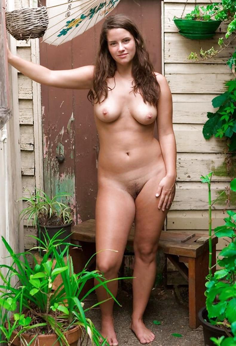 Win natural amature naked