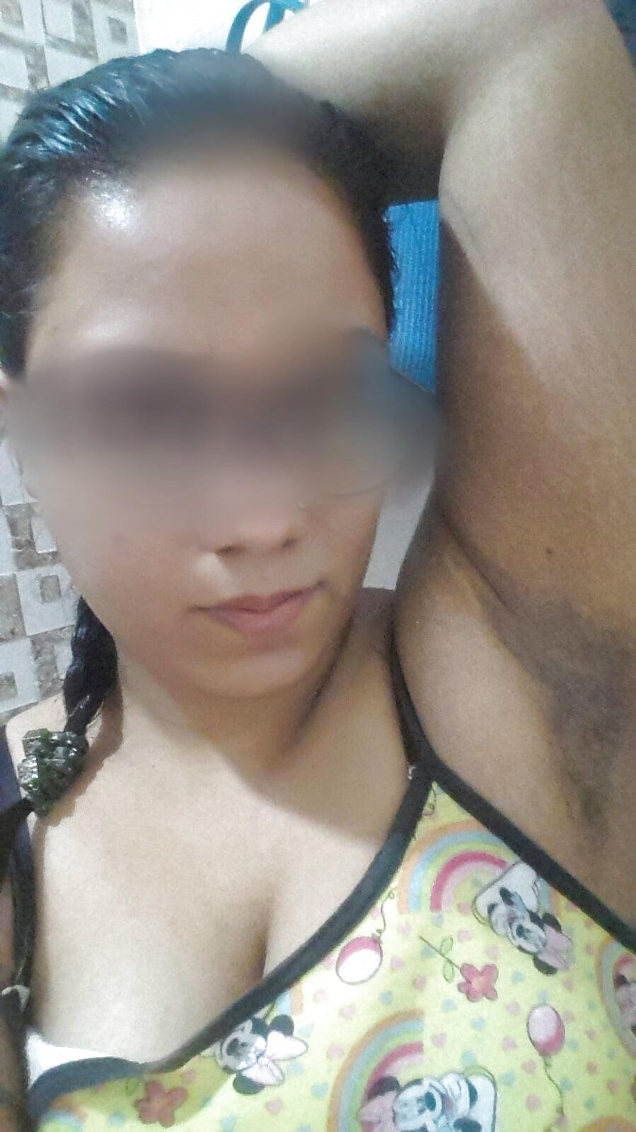 frauen nackt titten- bh asiatische