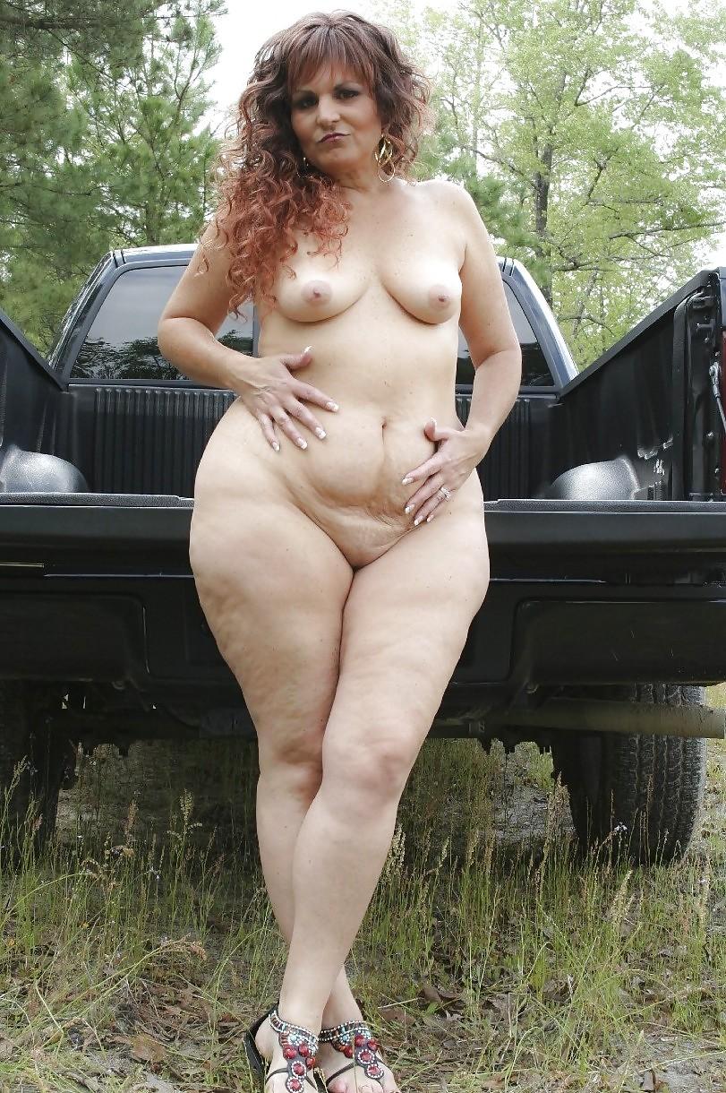 Красивыми латиноамериканками большие пожилые голые женщины