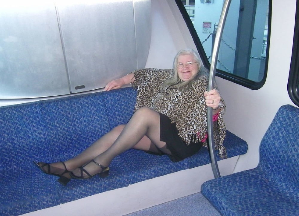 Grannies in Pantyhose