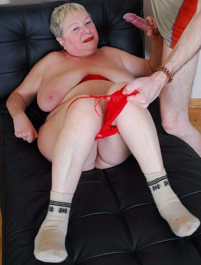 extremely-aged-anal-grannies-sweet-sitting-on-cock-xxx
