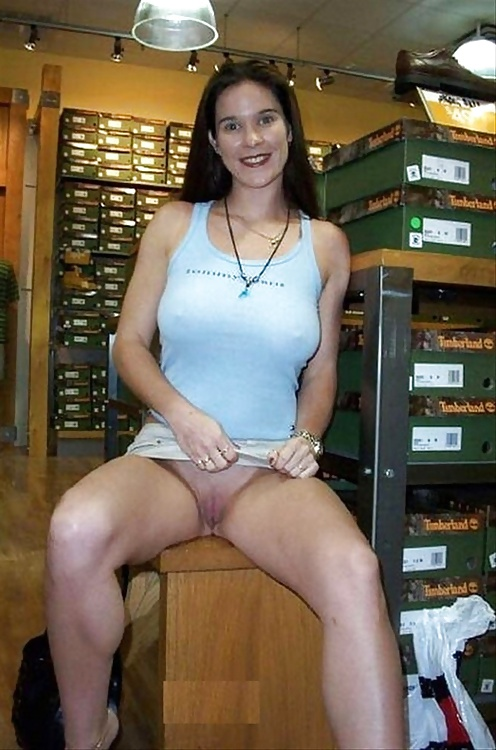 stories-wife-flashing-pussy