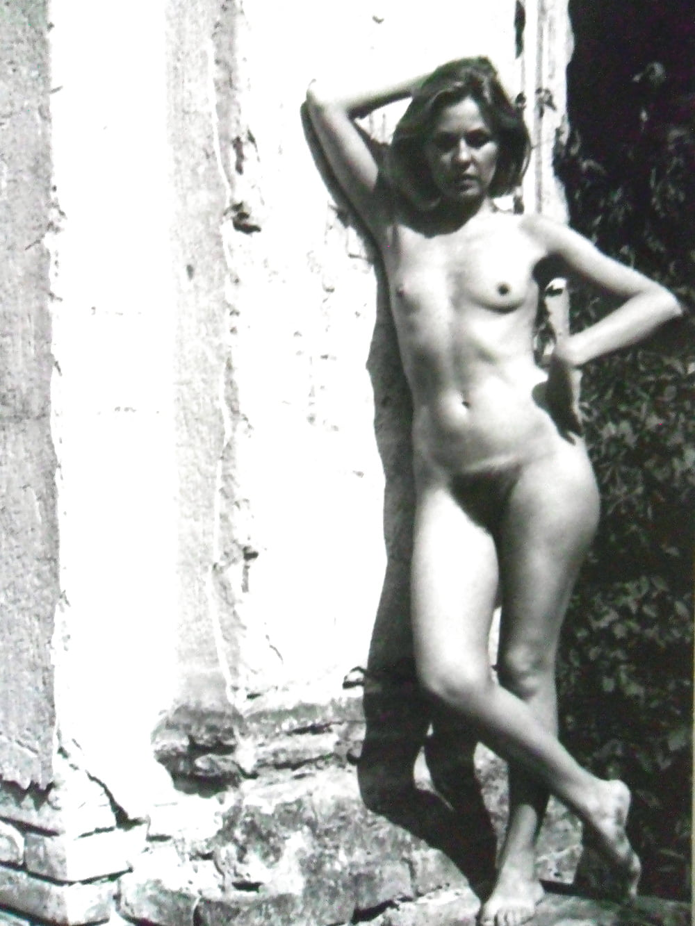 Attractive Nazi Women Nude Pictures