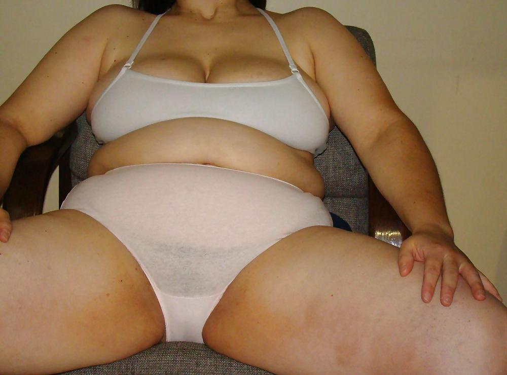 thick-gallery-hairy-chubby-panty-tits