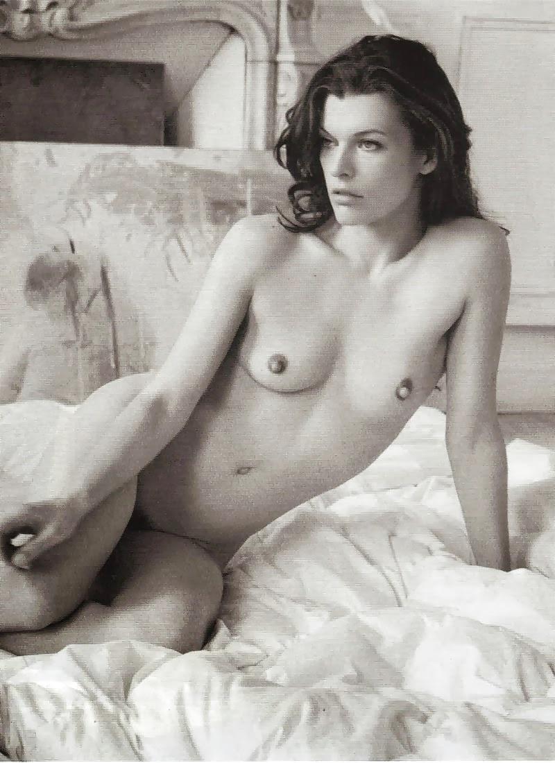 Milla jovovich's tits