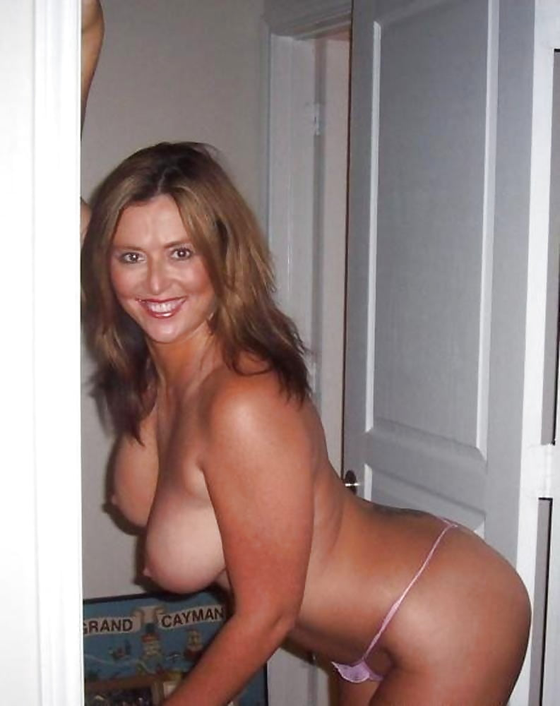 Get Milf Cougars And Soccer Moms Porn For Free