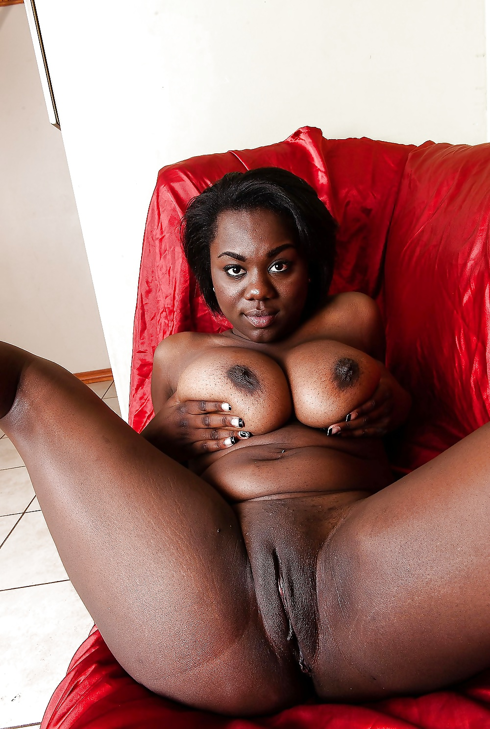 girls-butterflys-sweet-black-pussy-in-stuttgart-germany-fucking-little-tiny