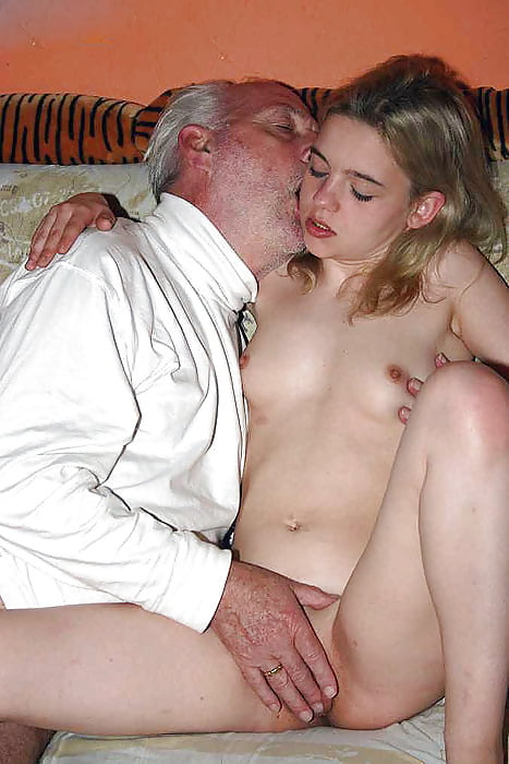 Daddy fuck mom and old father young crony's daughter