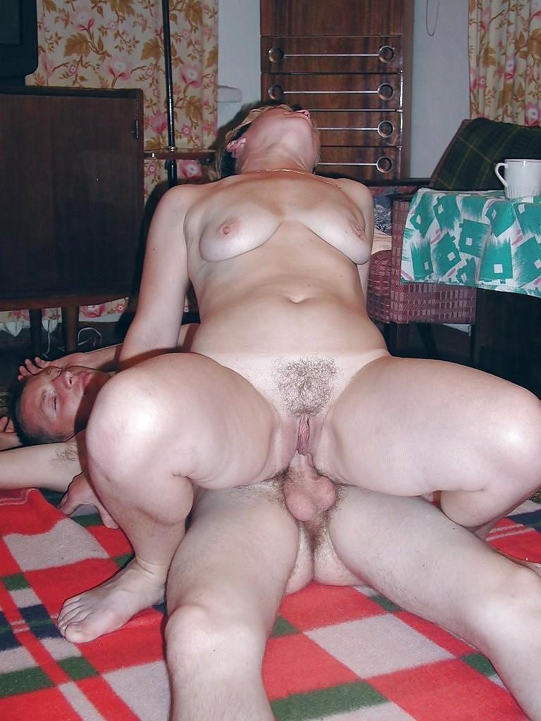 любительское порно со зрелыми фото - 13