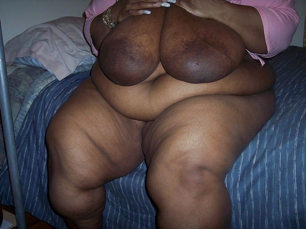 Bbw Mature Black Woman With Big Ass  Big Boobs - 26 -2064