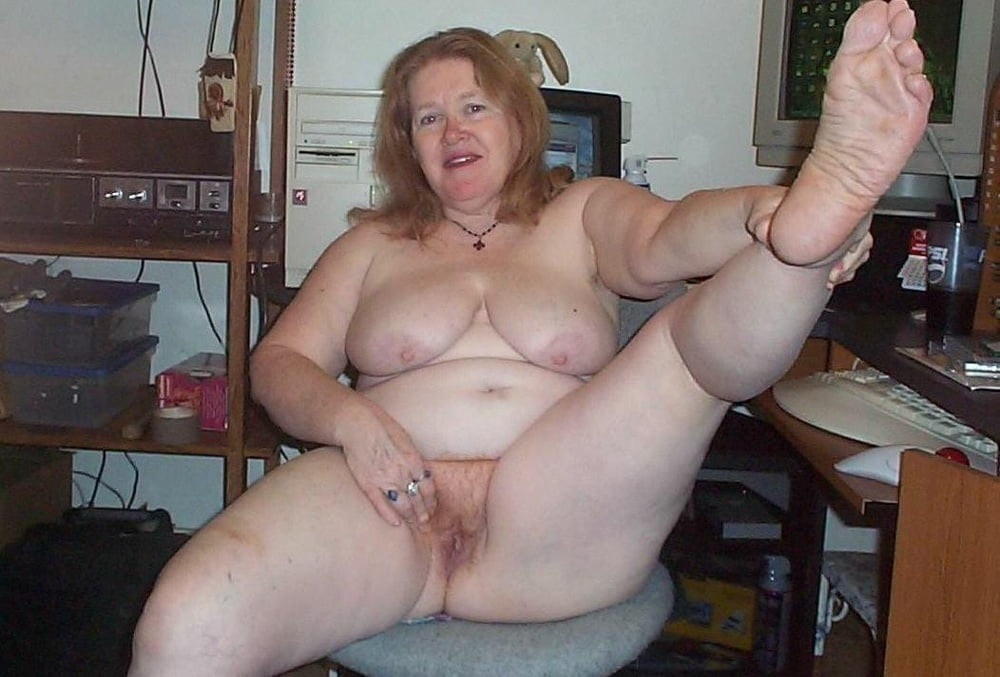 Fat old naked woman open cunt nude girls pictures