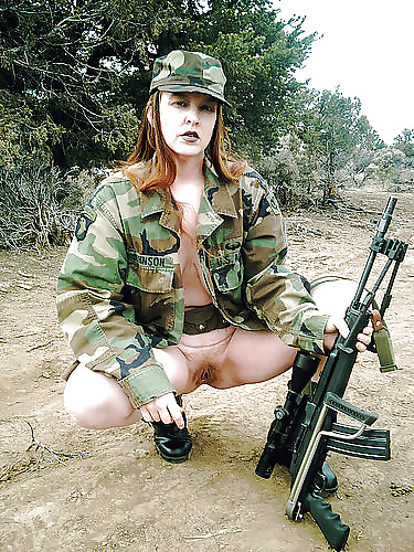xxx-girl-nude-ladies-in-army-stars
