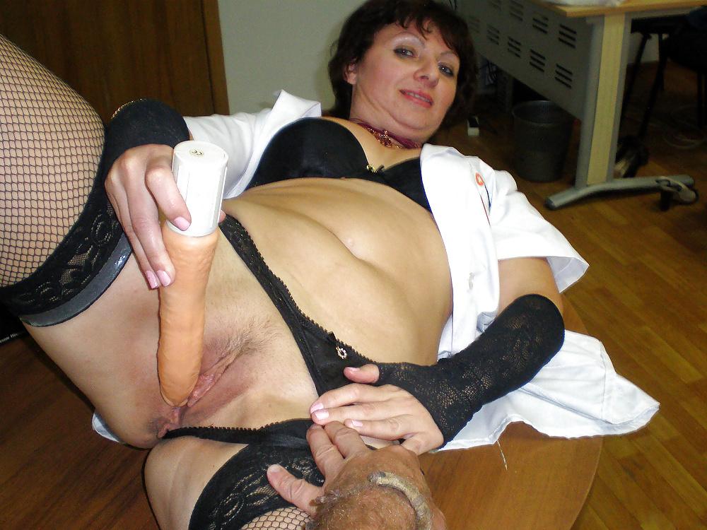 Mature whore gangbang porn
