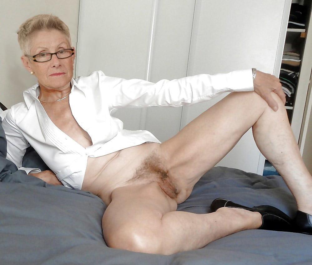 mature-embarrassing-lady-pics