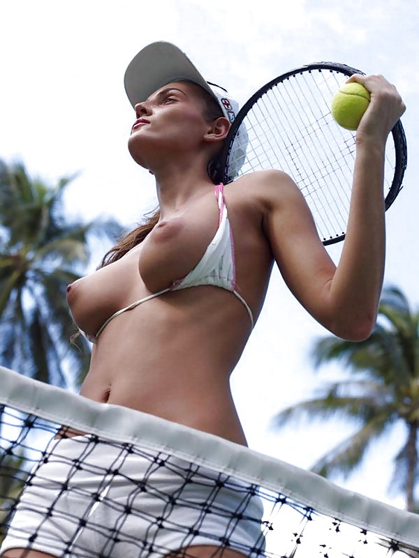 nude-famous-female-tennis-player