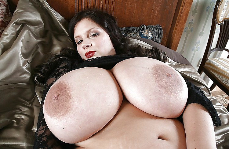 free-videos-big-giant-boobs