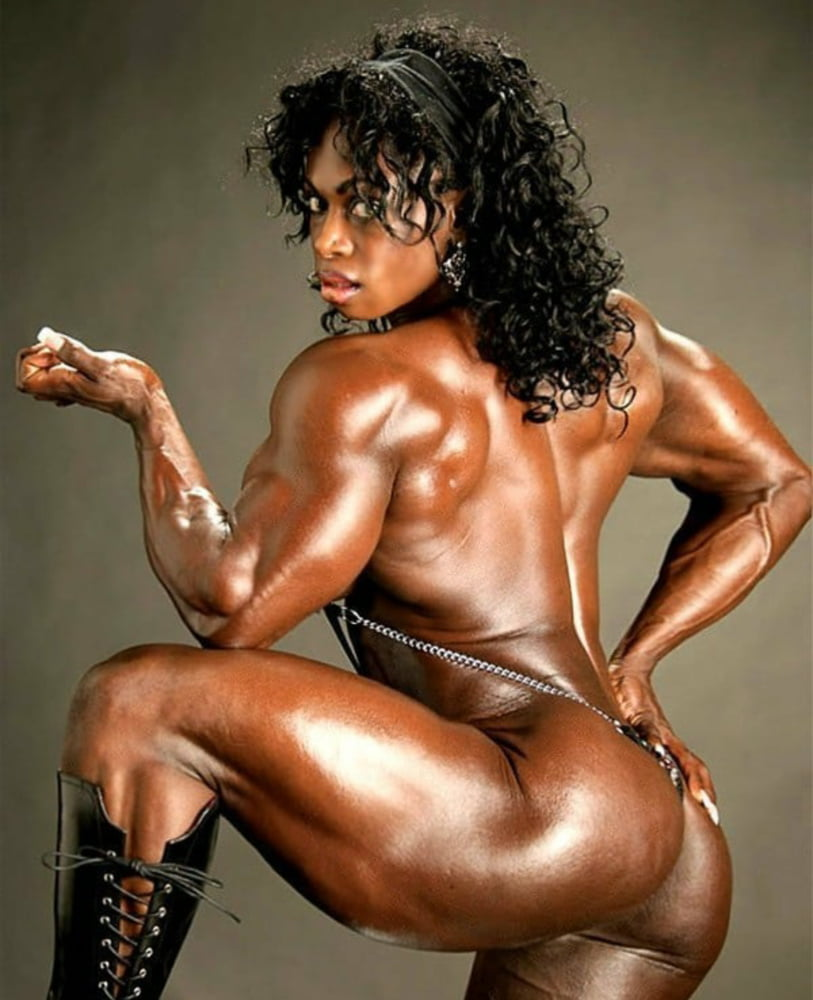nude-women-black-muscles