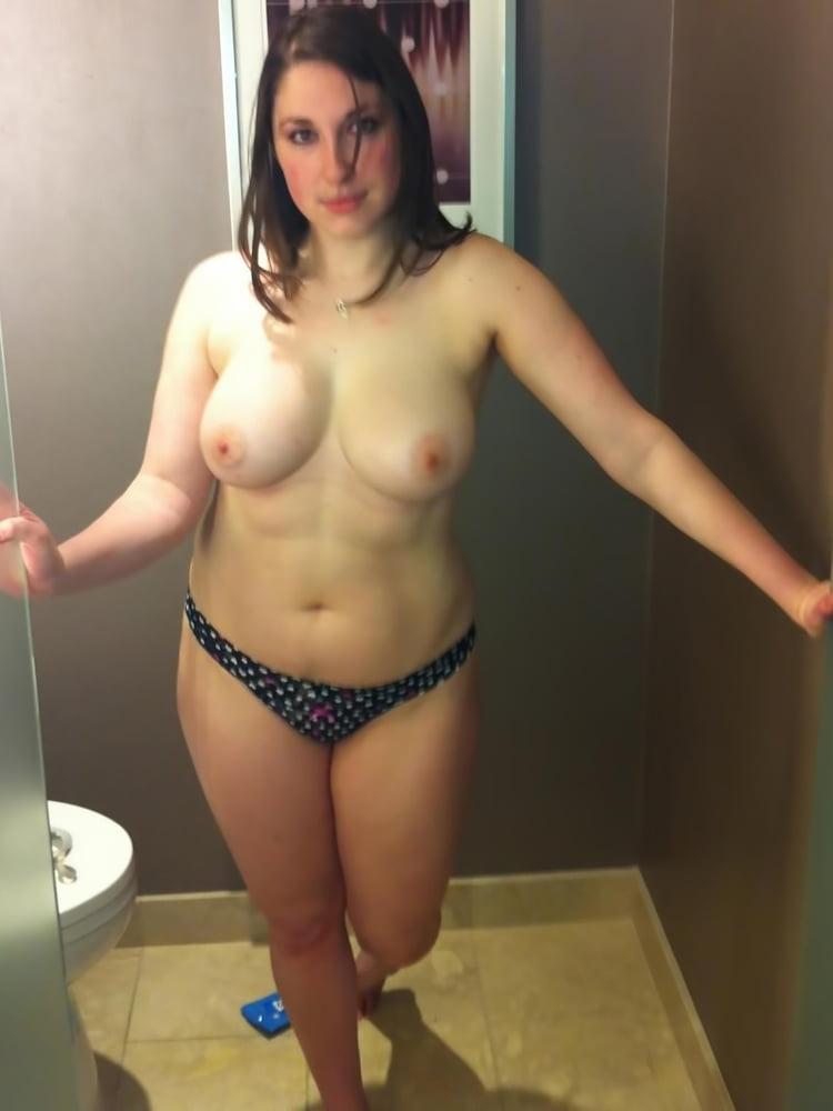 Amateur girlfriend shared porn Mom and black man hidden cam