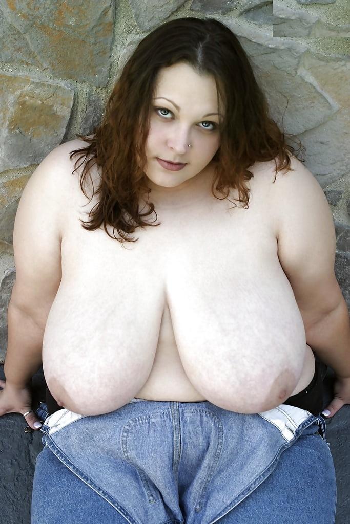 Безумное порно большая грудь японки