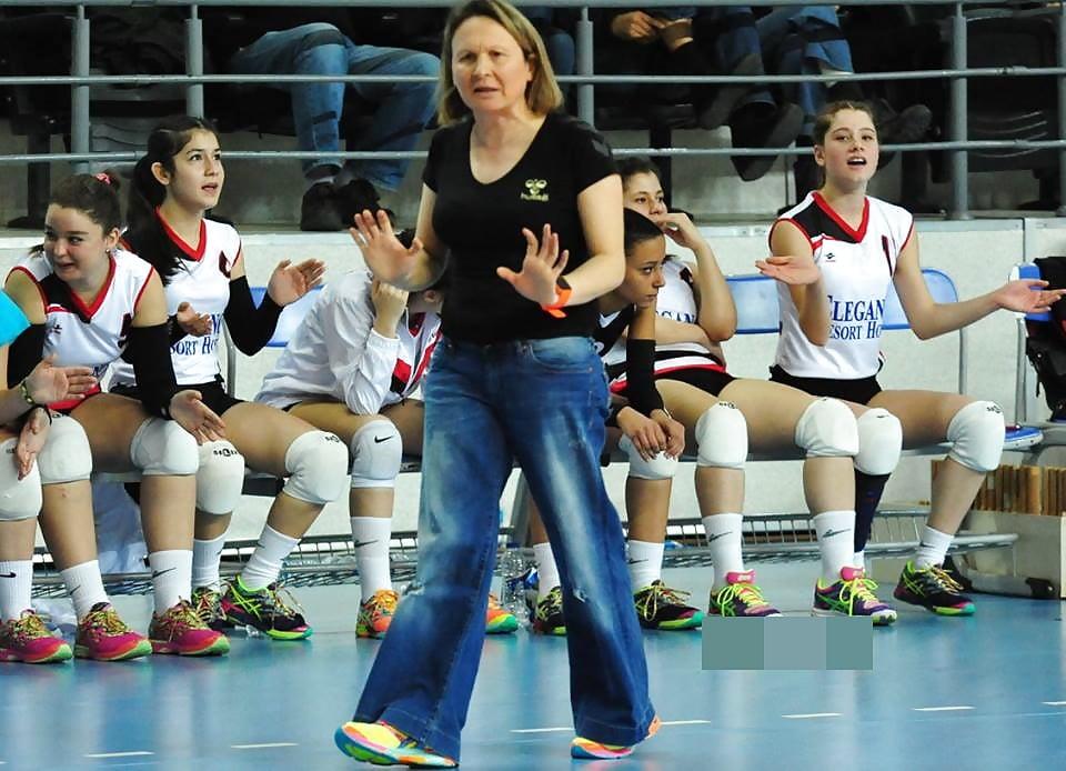 Volley-ball Sexy Teen Girls turc Tanga Cameltoes Frikik - 72 Photos - Xhamstercom-3106