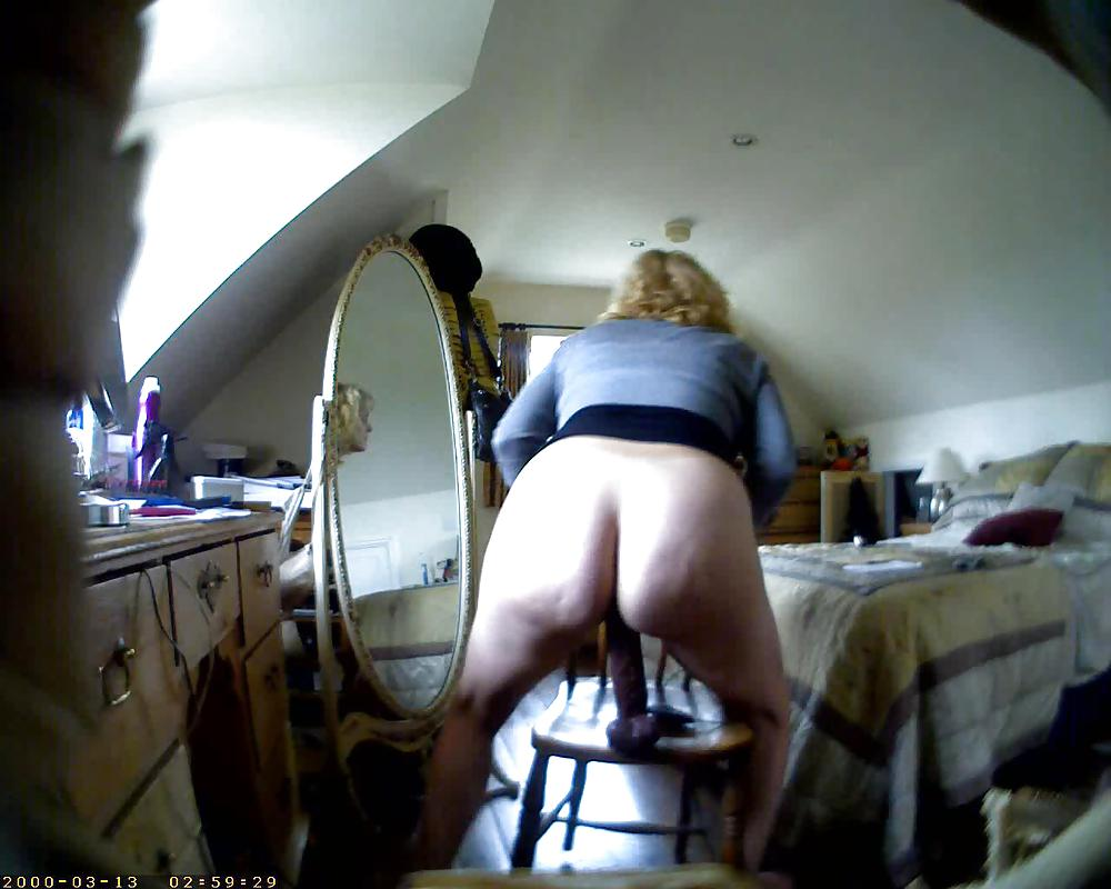 Spying On Curvaceous Milf In The In The Shower Without Her Knowing