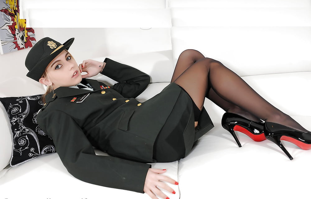horny-women-in-uniforms-hot-couples-sex-hd-images