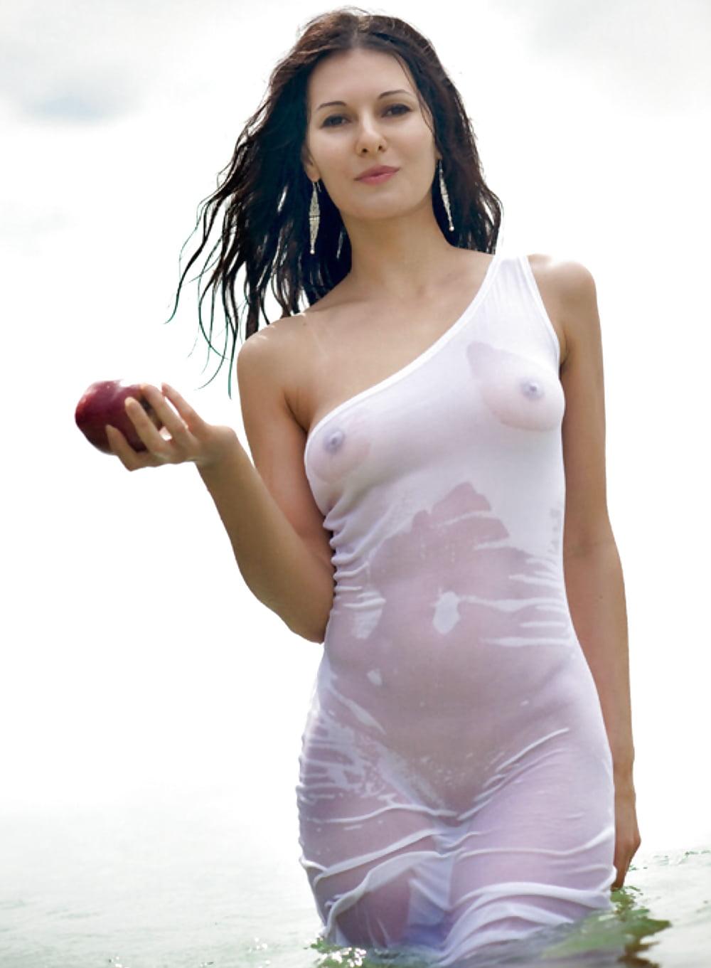 Прозрачное мокрое белье эротика фото