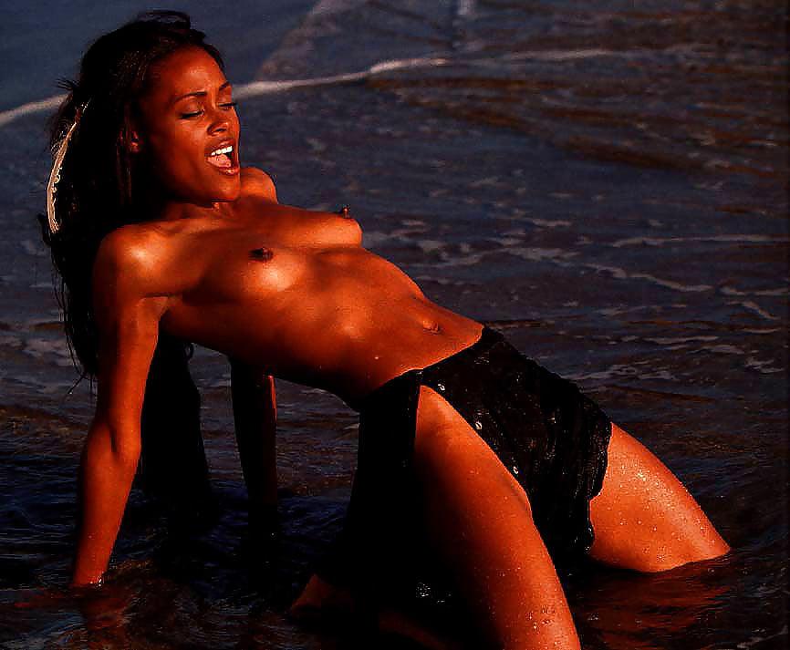 One piece hot nami robin sexy nude scene