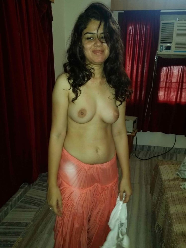 Punjabi female singer nude pic, nude young girls group