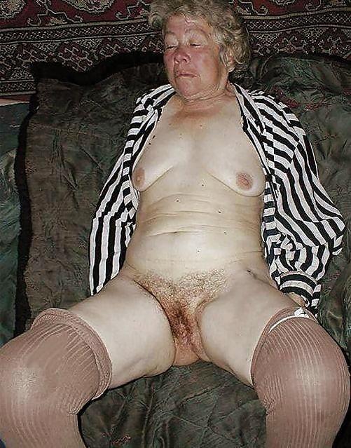 Секс пьяная старушки трусах — 4