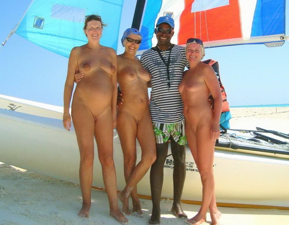 Three Russian Fun Girls Naked Caribbean Vacation At Cuba -6334