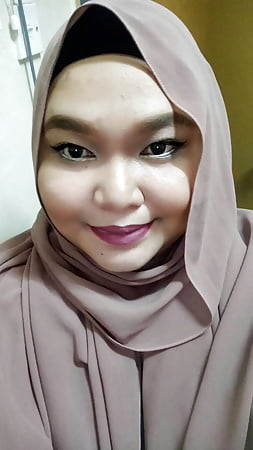 favourite malay milf tudung