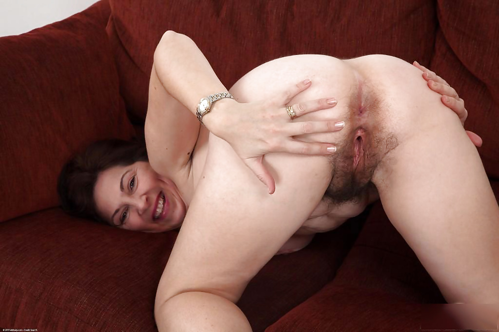 Horny hairy mature-3987