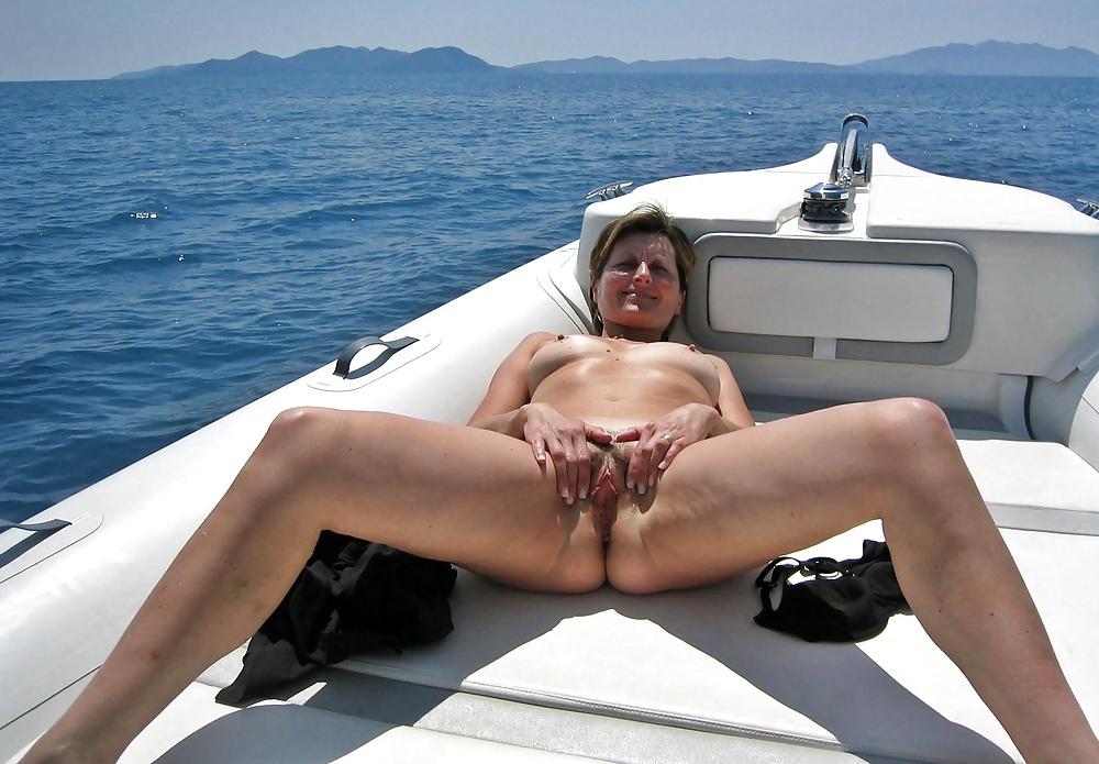 Nude Indian Sleeping Beauty Wife's Photos