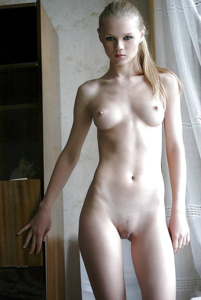 Naked cute girl pic-3514