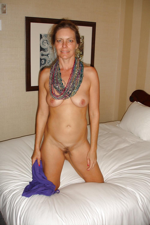 Amatuer ladies nude #6