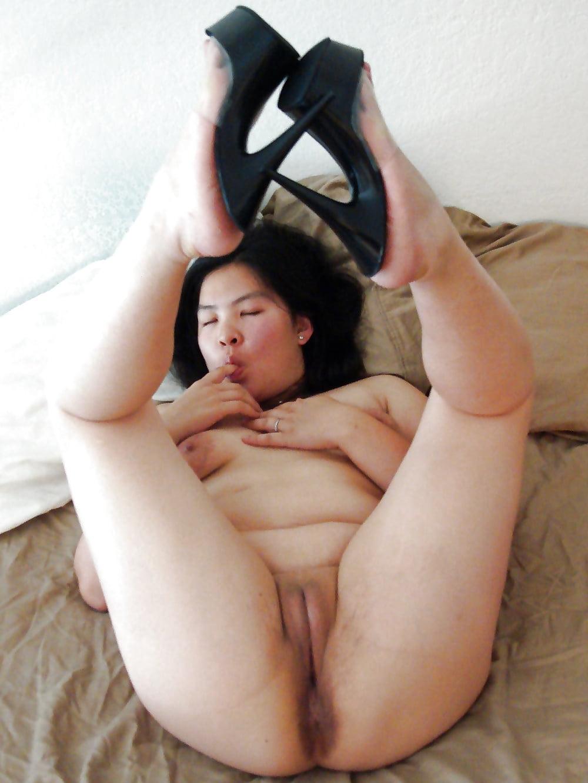Genitalia chinese fattest ladies pussy plc