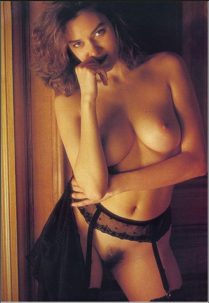 Claudia Christian Nude Photos