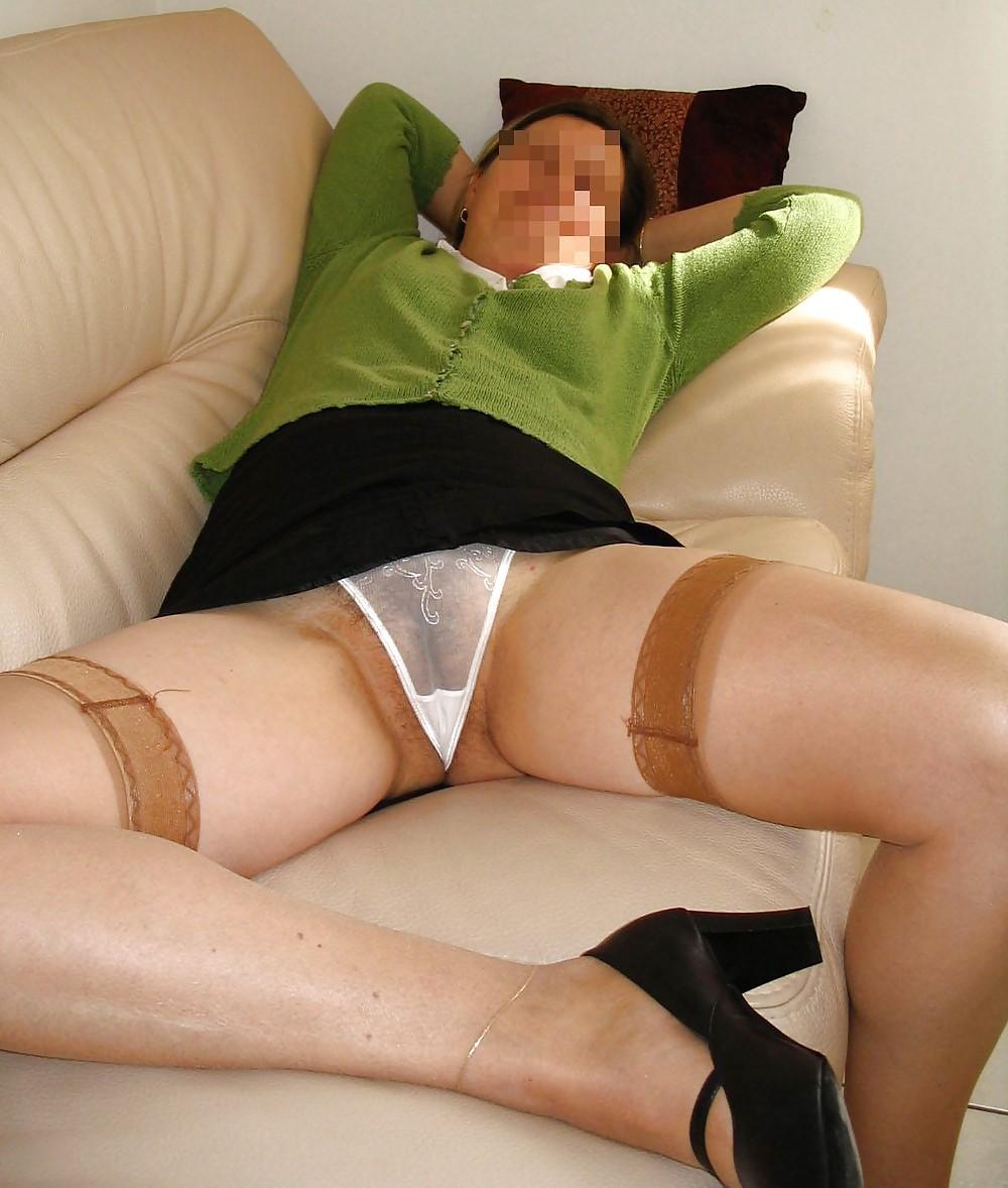 других местах, порно под юбкой у зрелых женщин расставании глаза мамы
