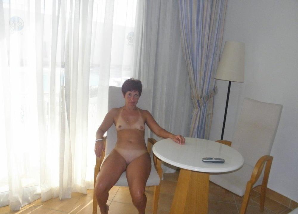 зрелые женщины без комплексов фото онлайн расстроился