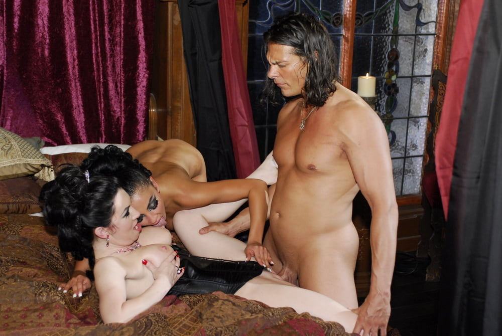 Hot lesbian brunettes with strapon - 123 Pics