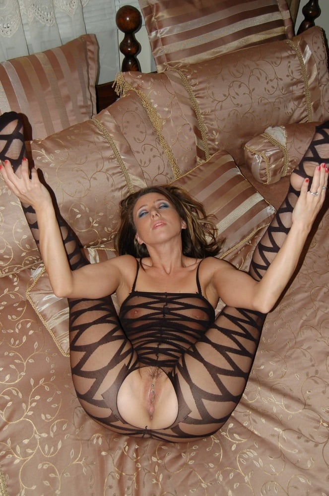 Sexy mature wife pictures-6589