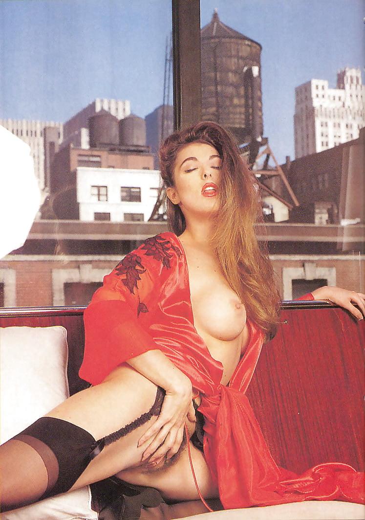 Susan Napoli  nackt