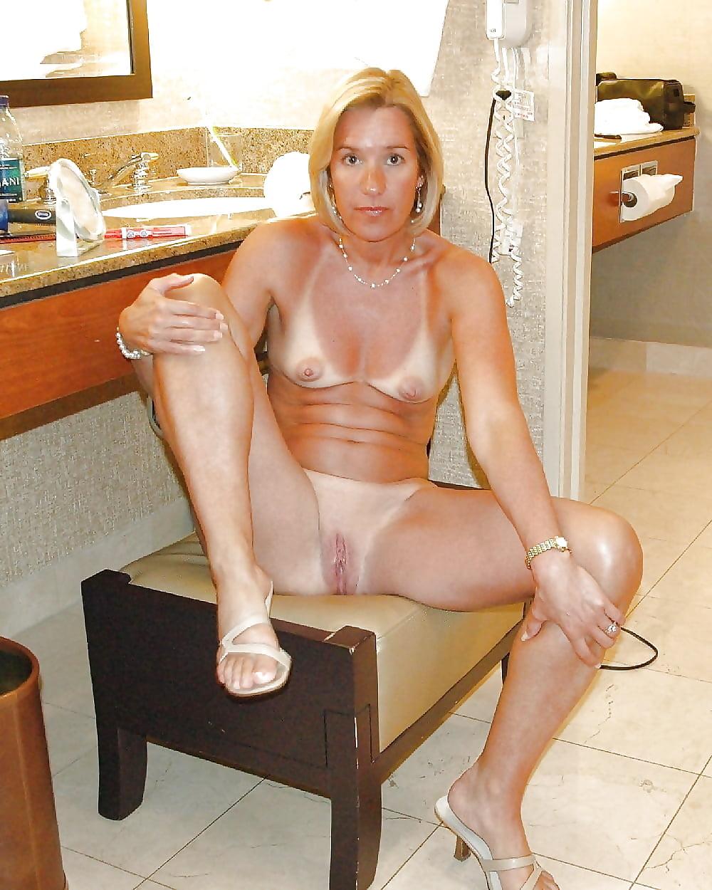 Moana sexy mature house wifes nude