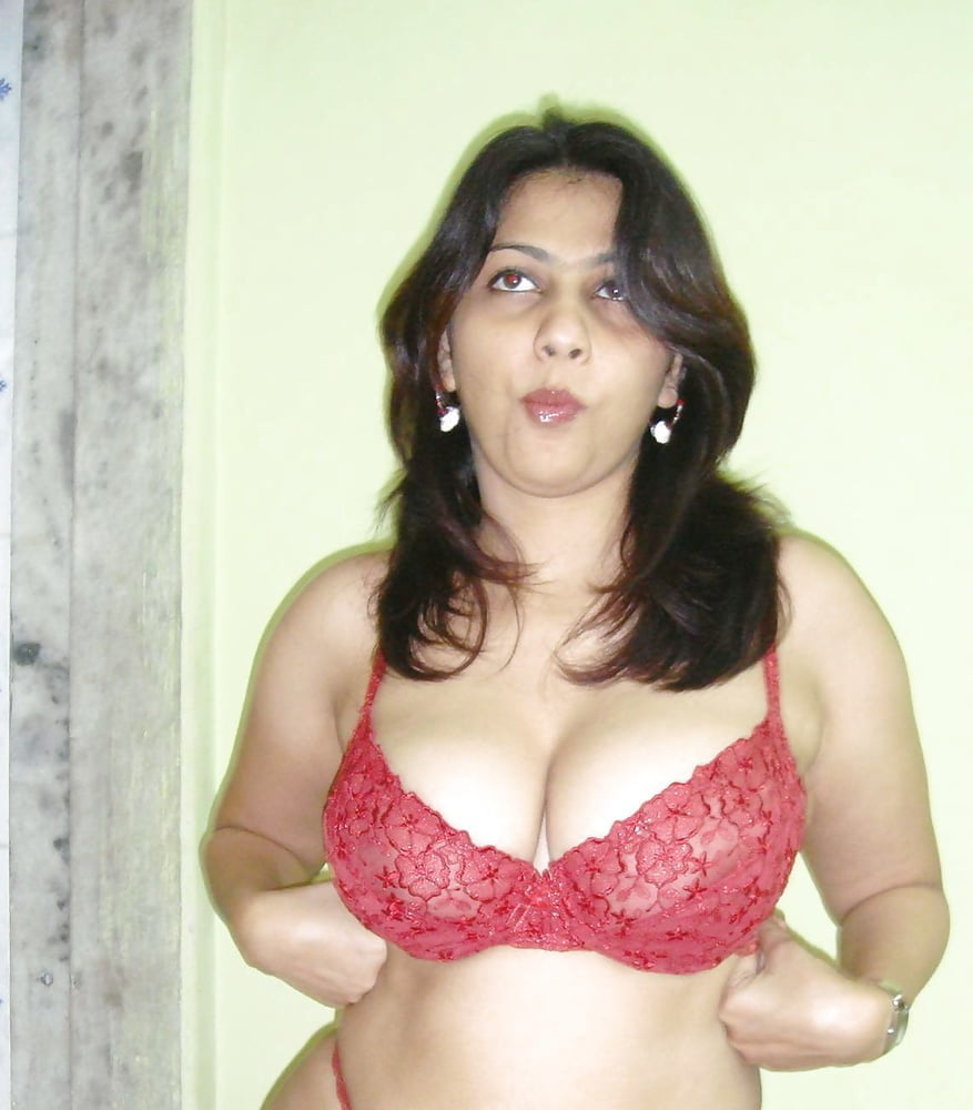 Super aunty nude images