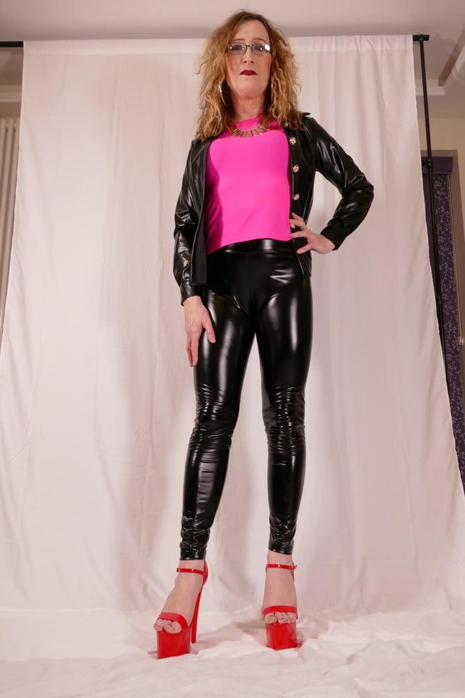 Shiny PVC Leggings and Jacket. Liquid Gloss Wet Look - 25 Pics