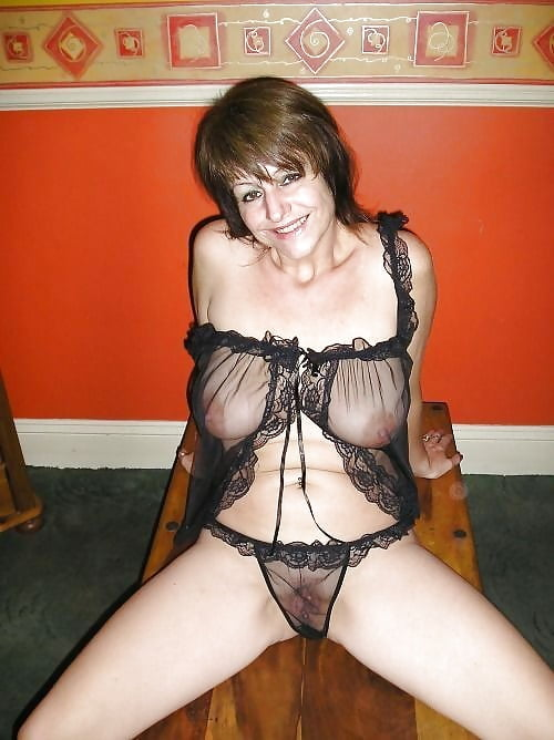 Time to visit your favourite Milf x7 - 30 Pics | xHamster